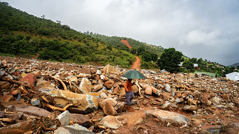 Rubble from Cyclone Idai in Chimanimani, Zimbabwe ©ZINYANGE AUNTONY / AFP