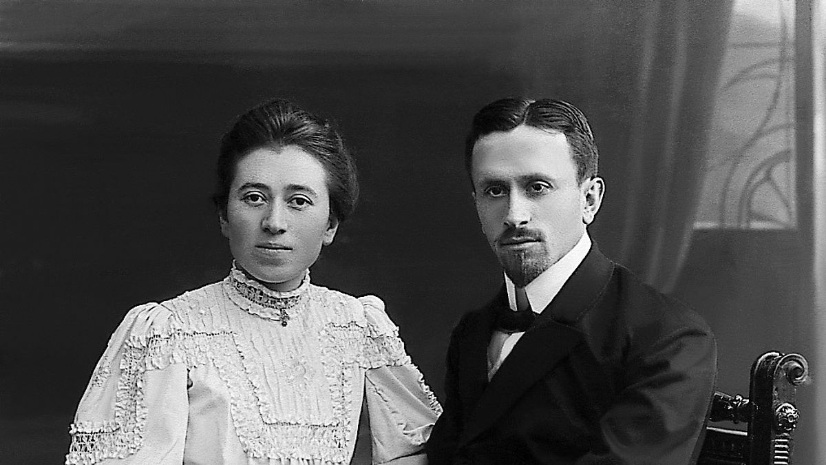 Ernst Jakob Christoffel and his sister Hedwig in 1908